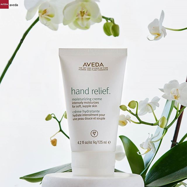 Are you addicted to Hand Relief? Join the club! This classic moisturizing hand creme is a perfect holiday gift for anyone on your list, and it keeps hands nourished when the temps start to drop.