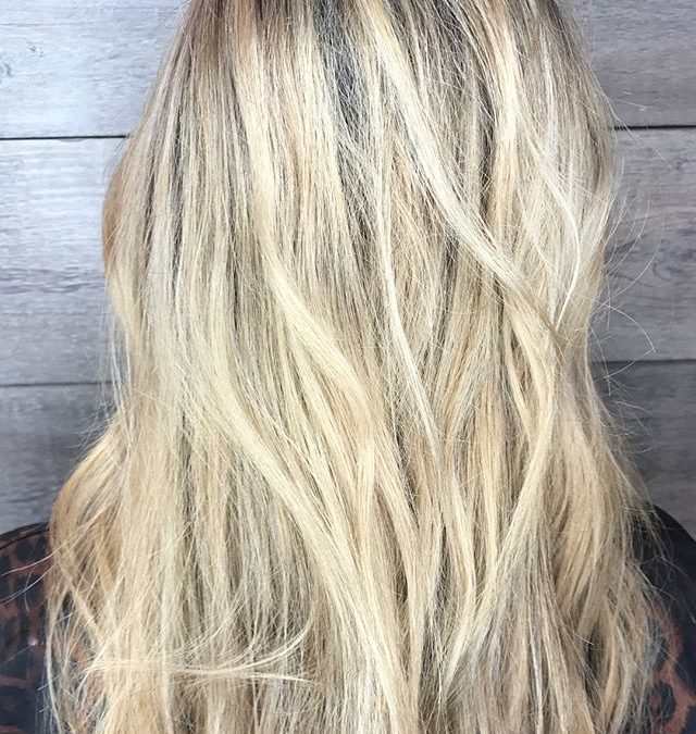 Protect and repair your hair in between visits! Damage Remedy Daily Hair Repair instantly repairs damaged hair and protects from thermal damage up to 450 degrees. Plus, it works as a detangler! Infused with Ylang Ylang, Mandarin, and Bergamot.