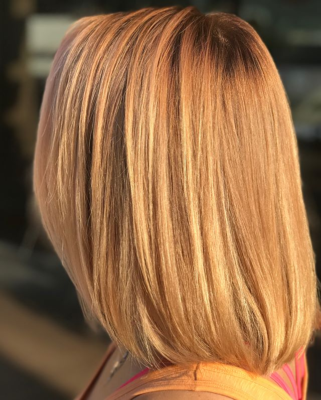 Check out this peachy, golden shine created by one of our talented Aveda Artists! ?___________________________#instahair #instabeauty #atthesalon #salonlife #hair #hairspiration #hairsalon #haircolor #hairstyles #hairstyling #haircut #carlsbad #sandiego #sandiegohair #carlsbadhair #aveda #avedacolor #avedaproducts #avedaartist #smellslikeaveda #crueltyfree #botanicals #knowwhatyouremadeof #plazapaseoreal #hairtransformation