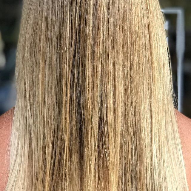 Beautifully blended extensions! Hotheads Hair Extensions are uniquely designed to lay completely seamless and undetectable in the hair.