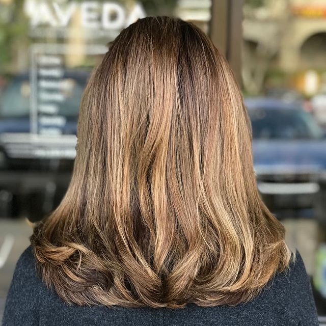 Trust the process! 🏼___________________________#instahair #instabeauty #atthesalon #salonlife #hair #hairspiration #hairsalon #haircolor #hairstyles #hairstyling #haircut #carlsbad #sandiego #sandiegohair #carlsbadhair #aveda #avedacolor #avedaproducts #avedaartist #smellslikeaveda #crueltyfree #botanicals #knowwhatyouremadeof #plazapaseoreal