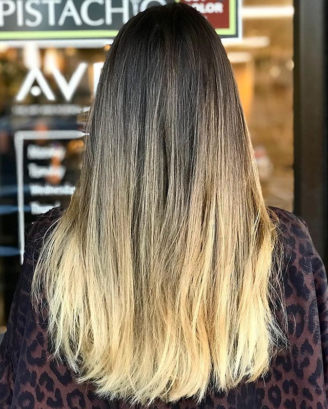 Out with the old, in with the new!___________________________#instahair #instabeauty #atthesalon #salonlife #hair #hairspiration #hairsalon #haircolor #hairstyles #hairstyling #haircut #carlsbad #sandiego #sandiegohair #carlsbadhair #aveda #avedacolor #avedaproducts #avedaartist #smellslikeaveda #crueltyfree #botanicals #knowwhatyouremadeof #plazapaseoreal  #balayage #hairtransformation